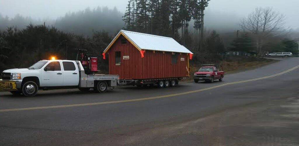 how to move a shed with a trailer