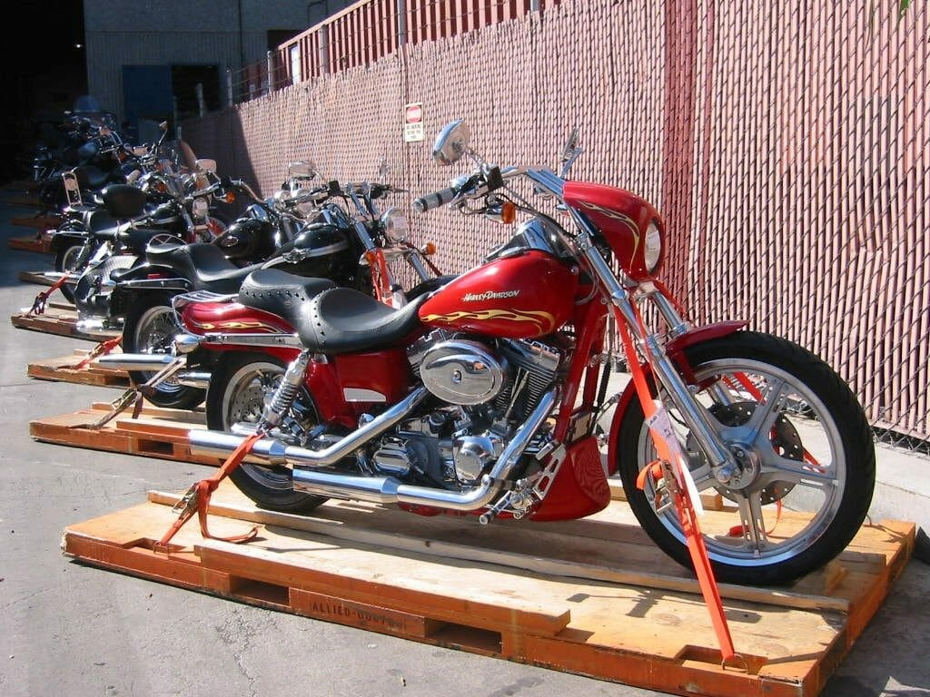 How To Ship A Motorcycle In 2018 Ultimate Guide Move On Moving