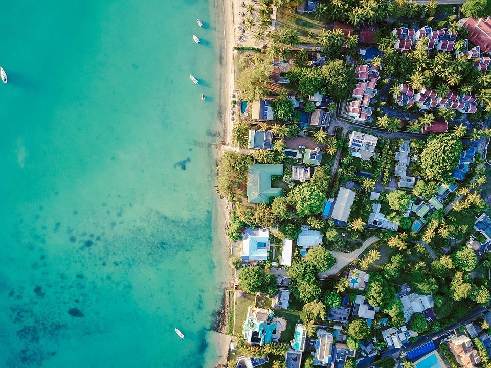 moving to a coastal neighborhood